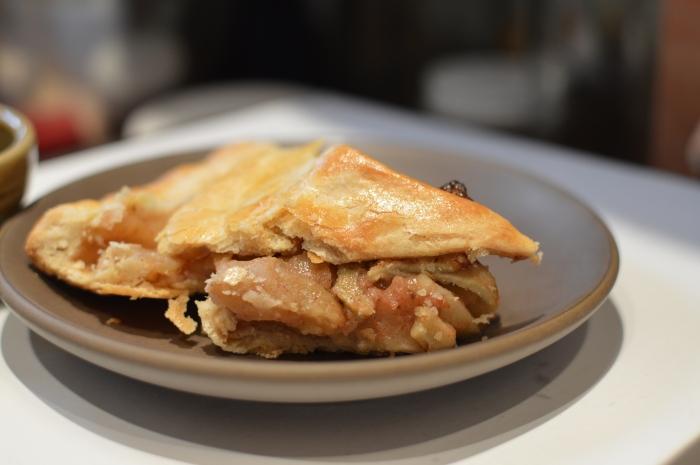 Apple_pie_slice_3